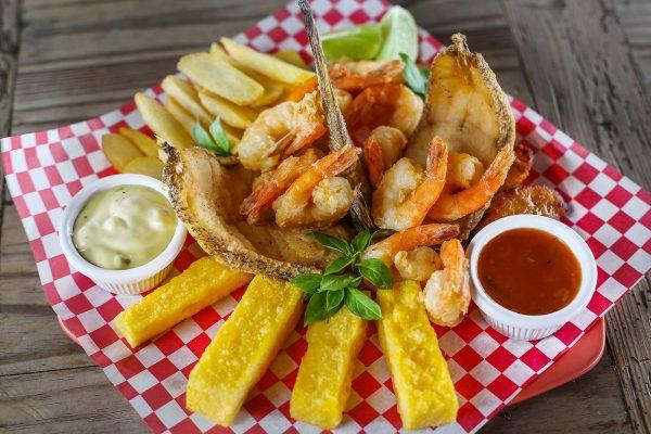 Mix of Fish & Shrimps